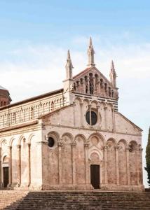 Massa-Marittima-Grosseto-Toscana-Cattedrale-di-San-Cerbone-02-e1411725051336